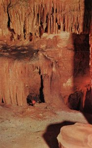 Queen's Den,Diamond Caverns,Park City,KY