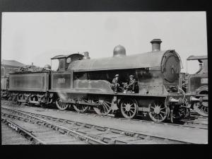 LNWR Steam Locomotive BULWER LYTTON No.951 with crew oiling RP Photocard 110515