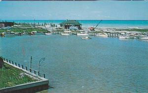 Crane, Boats On The Harbour and Beach, Kincardine, Ontario, Canada, 40-60´s