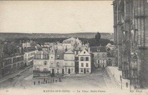 MANTES-SUR-SEINE , France, 00-10s; La Place Notre-Dame