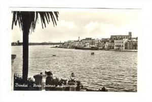 RP; Brindisi , ITALY, 20-40s ; Porto Interno e Panorama