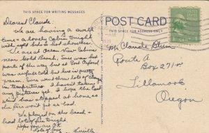 YAQUINA HEAD , Oregon , 1939 ; LIGHTHOUSE