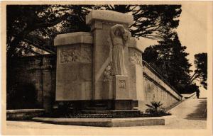 CPA AVIGNON - Jardin des Dos Mon. aux Morts (Louis Botinelly... (511639)