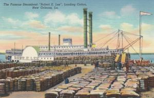 NEW ORLEANS , Louisiana , 30-40s ; Steamboat Robert E. Lee, Loading Cotton
