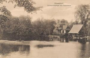 Germany Düsseldorf Schwanenspiegel mit Fischerhaus 02.56