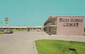 HENDERSON , North Carolina , 50-60s ; Lake Drive Motel