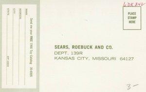 KANSAS CITY , Missouri, 1966 ; SEARS Toys Catalog