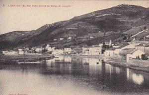 Spain Limpias El Rio Ason Donde Se Pesca El Salmon