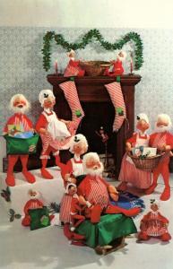 NH - Meredith. Annalee Dolls