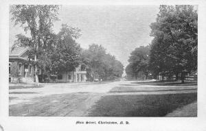 Charlestown New Hampshire~Main Street Homes~Dirt Road~1905 B&W Postcard
