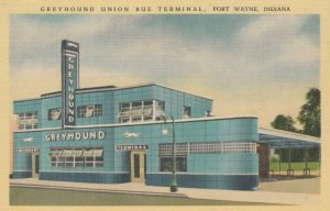 FORT WAYNE , Indiana, 30-40s ; Greyhound Bus Depot