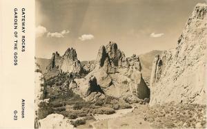 Garden of the Gods Colorado~Gateway Rocks~Highway~1950s Real Photo Postcard~RPPC