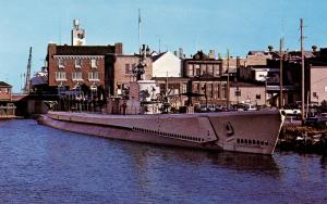 US    PC985   USS COBIA SS345 SUBMARINE at dock