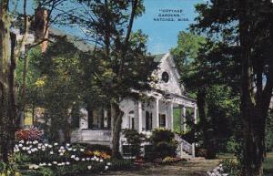 Mississippi Natchez Cottage Gardens