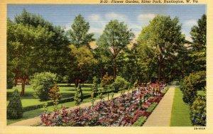 WV - Huntington. Ritter Park Flower Garden