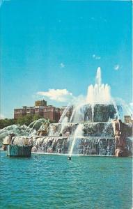 Chicago Illinois~Conrad Hilton~Grant Park Buckingham Fountain~1960s Postcard
