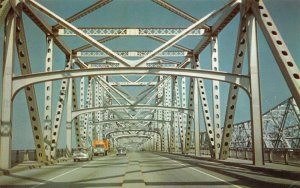 LP31 Bridge Memphis Tennessee Vintage Postcard