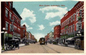 Ashtabula, Ohio - Trolley Car downtown on Main Street - c1920