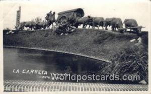 Montevideo Uruguay, South America La Carreta, obra del escultor Belloni en el...