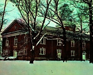 Phelps-Stokes Chapel Winter Snow Scene Berea College KY UNP Vtg Chrome Postcard