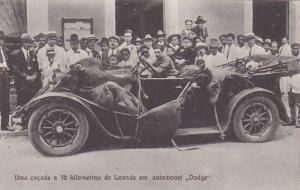 Uma cacada a 70kilometros de LOANDA em automovel Dodge , Angola , 00-10s