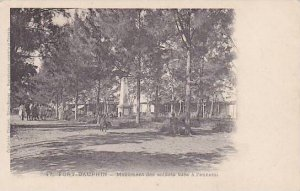 Madagascar Fort Dauphin Monument des soldats tues a l'ennemi