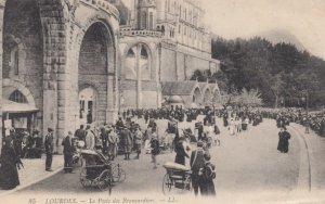 LOURDES, France,1910-1920s, Le Poste des Brancardiers
