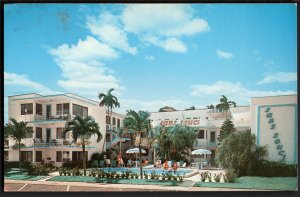 32620) Florida FORT LAUDERDALE Sans Souci Apartments 618 North Birch Rd - Chrome