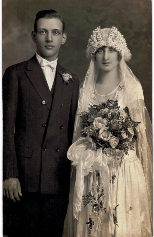 RPPC Bride And Groom Wedding 1910 Unused