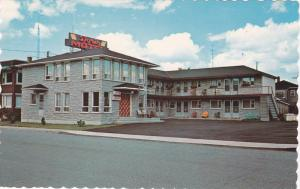 Exterior,  Motel Doris,  Quebec,  Canada,   40-60s