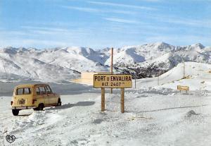 Andorra Sommet du Port d'Envalira Vintage Car Voiture Mountains