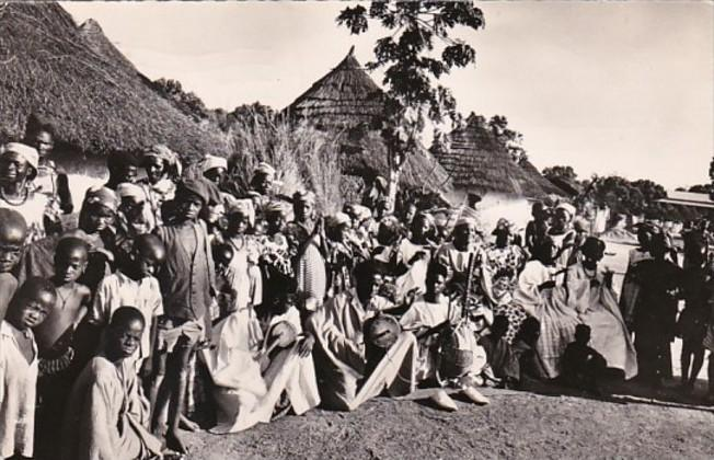 Guinee Tam Tam au Village Group Of Villagers In Native Dress 1957 Photo