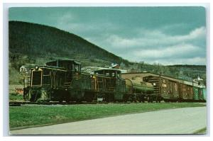Postcard Bath & Hammondsport 44 Ton GE Switcher D-3 & D-1 train NY C39