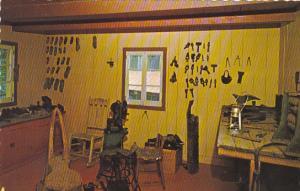 Canada Shoe Repair Shop Village de Seraphin Ste-Adele Quebec