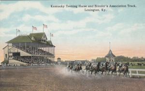 LEXINGTON , Kentucky, 1900-10s ; Harness Horse Race Track