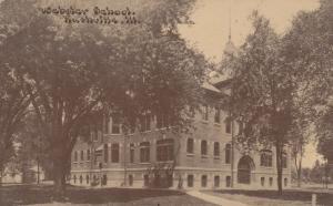 RUSHVILLE , Illinois , 1908 ; Webster School