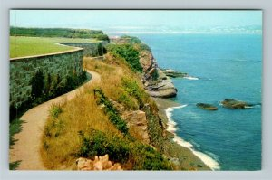 Newport RI-Rhode Island, Cliff Walk Along Atlantic Ocean, Chrome Postcard
