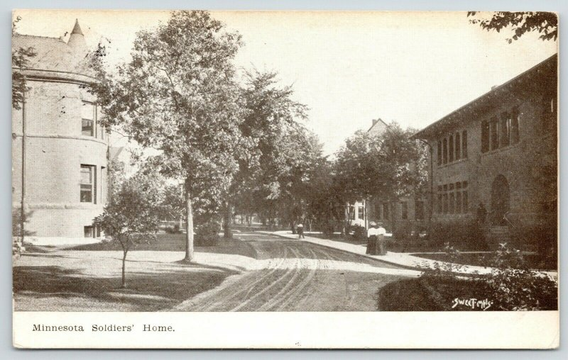 Minneapolis MN~Rounded End Bldg~Soldiers' Home~Cornices~Victorian Ladies 1908 PC