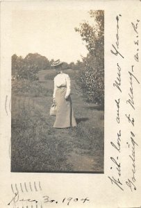 F55/ Rochester New York RPPC Postcard 1904 Well-Dressed Woman