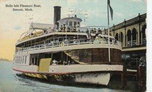 DETROIT, Michigan, PU-1915 ; Belle Isle Pleasure Boat