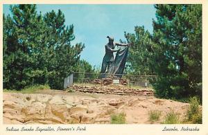 Indian Smoke Signaller Statue, Pioneer Park, Lincoln, Nebraska NE