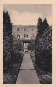 Kentucky Bardstown Our Lady Of Gethsemani Interior Of Cloister Garden