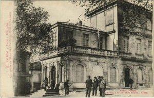 CPA VALREAS Postes et Telegraphes - Aile Gauche de l'Hotel-de-Ville (1086503)