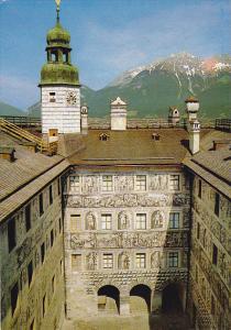 Austria Innsbruck Schloss Ambras Blick In Den Hof