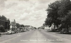 RP: LITTLE FALLS , Minnesota , 1930-40s Street