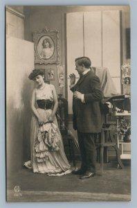 PHOTOGRAPHER w/ CAMERA & MODEL ROMANTIC ANTIQUE REAL PHOTO POSTCARD RPPC