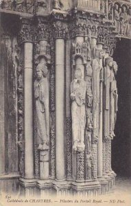 France Chartres La Cathedrale P{ilastres du Portail Royal