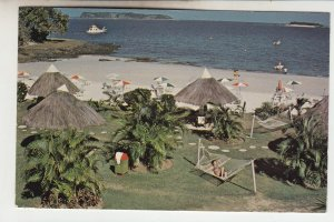 P2147,  1978 postcard contadora island beach scene panama tourists etc