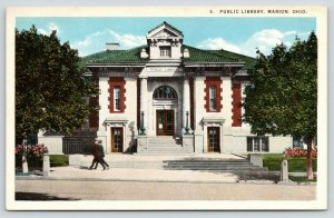 Marion Ohio~Men Walk by Carnegie Public Library~Now a Church~Main Street~1920s