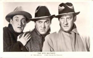 The Ritz Brothers In the Gorilla, Actor / Actress Postcard Post Card Old Vint...